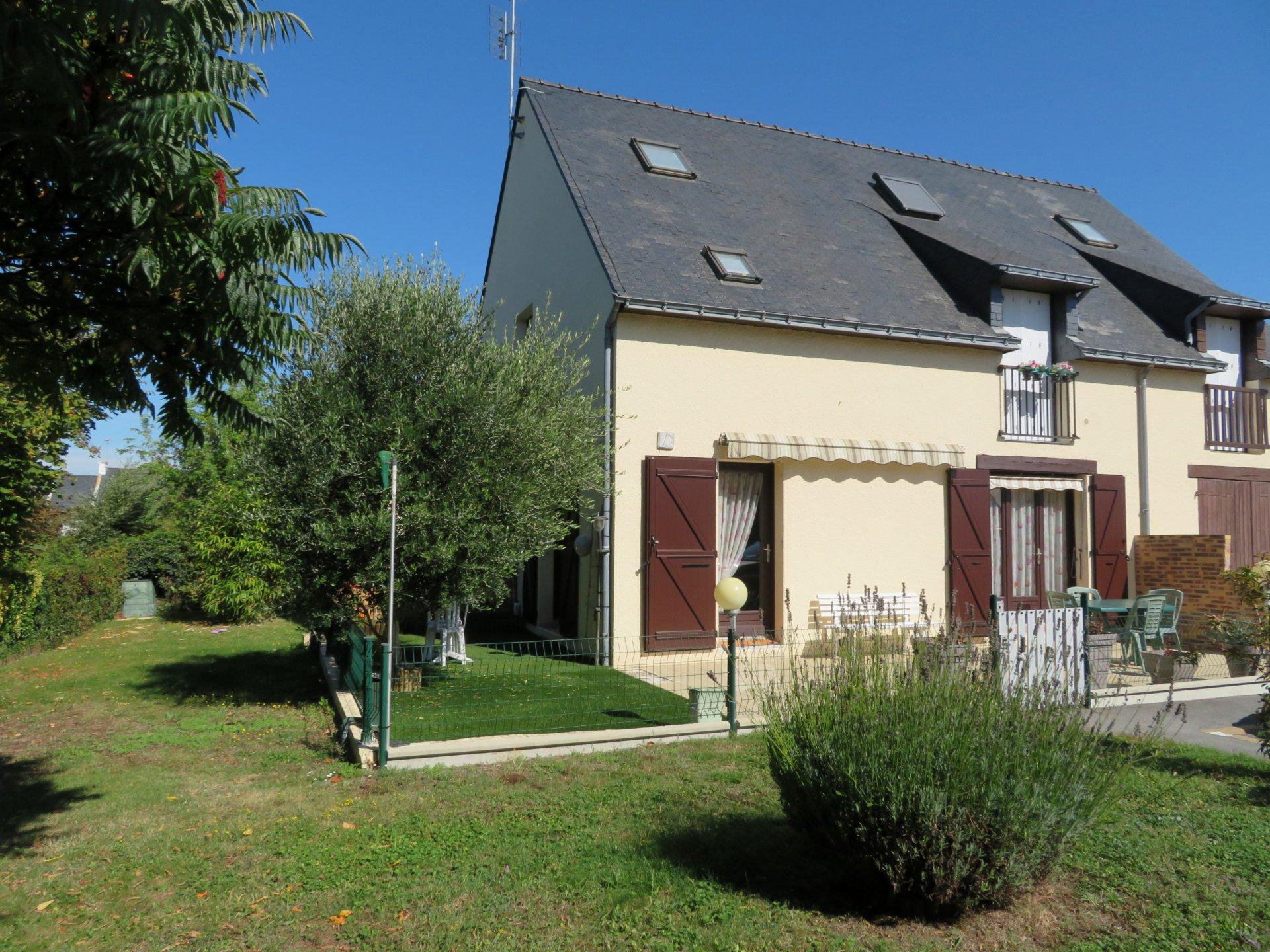 Appartement à vendre à Damgan Appartement de 57 m2 avec terrasse et jardinet