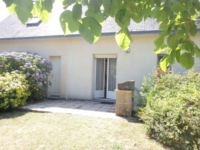 Maison avec jardin clos pour 5 personnes location saisonni re for Location maison avec jardin 34