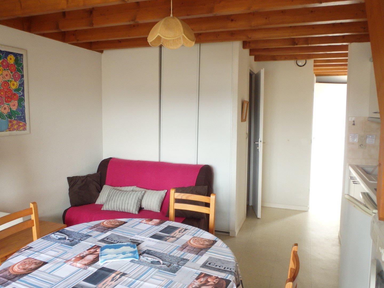 Appartement à louer à Damgan Tout équipé et plage à pied, 1 ch indépendante