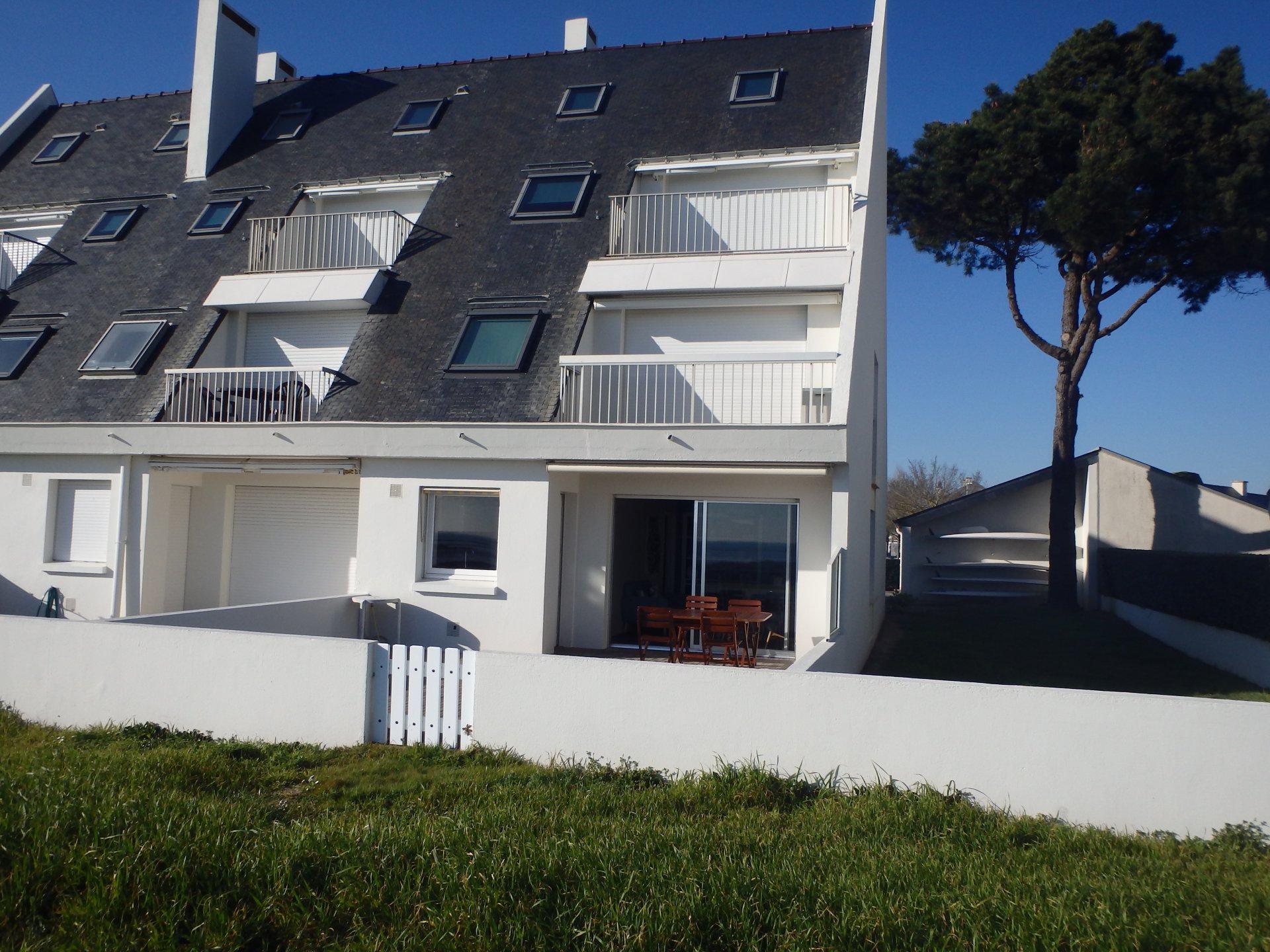 Appartement à louer à Damgan Appartement situé en front de mer