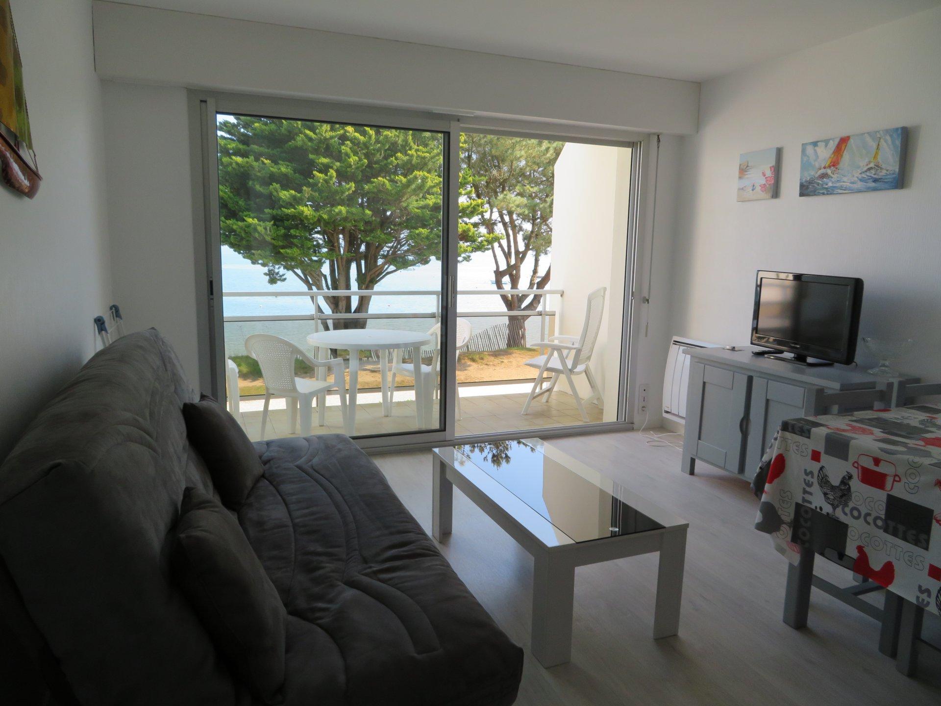 Appartement à louer à Damgan Kervoyal vue mer, plage à pied, appartement pour 4 pers.