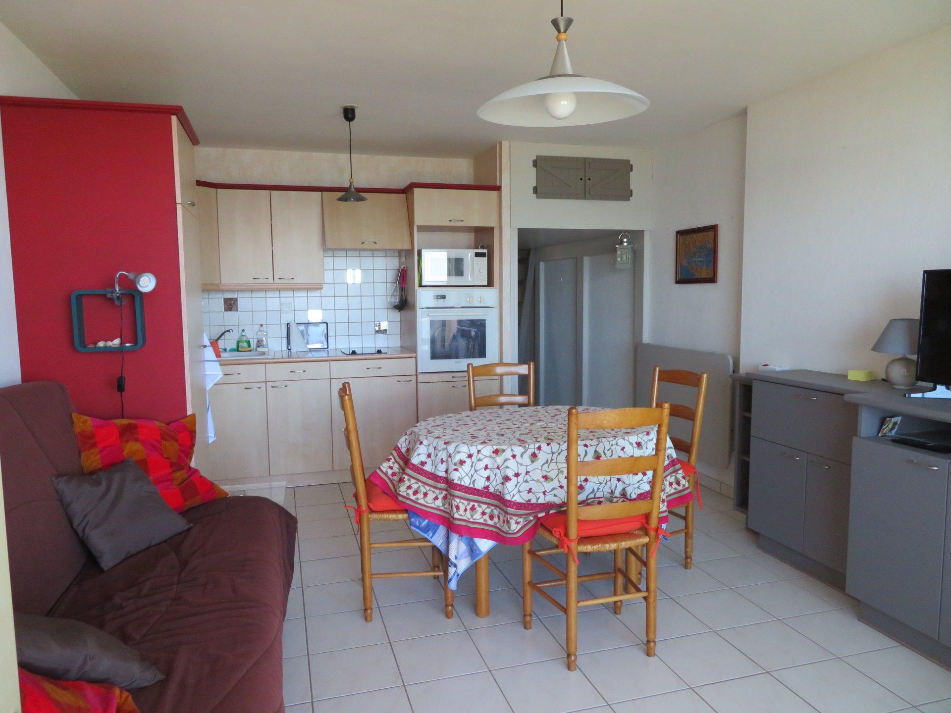 Appartement à louer à Damgan Appartement accès direct petite plage Kervoyal