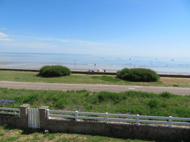 Maison à louer à Damgan Location vacances pour 8 pers. avec accès direct à la mer
