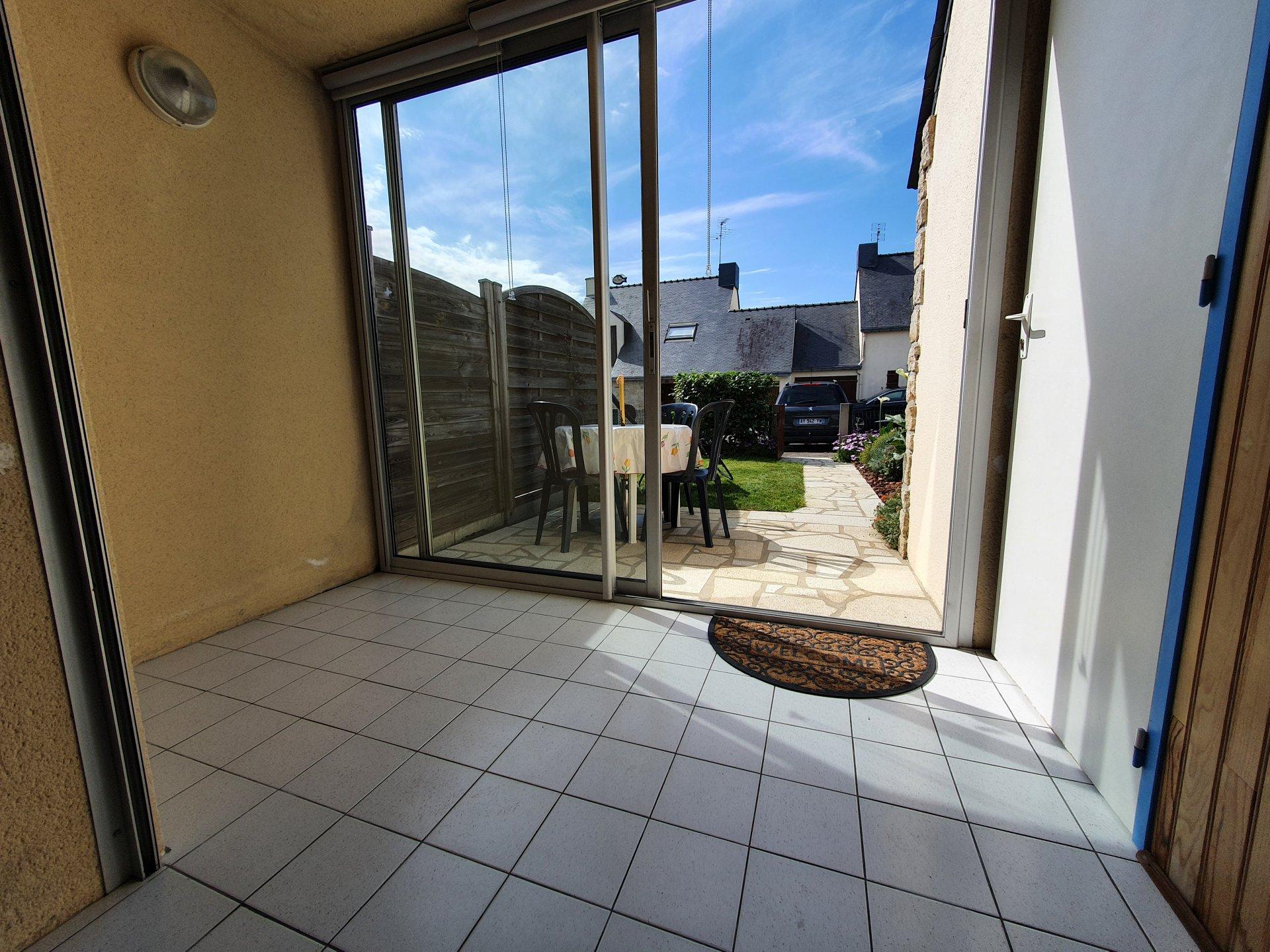 Appartement à louer à Damgan Appartement T2 rez-de-jardin situé à 100m de la plage
